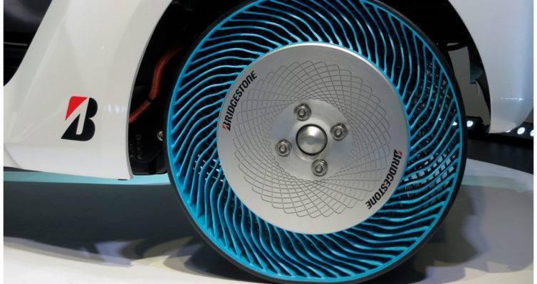 автомобильное издание, автомобильная шина, колесо, устройство автомобильных колес, автомобильные колеса, мир автомобильных колес, строение автомобильного колеса, конструкция автомобильного колеса, как устроено автомобильное колесо, виды автомобильных колес, автомобильные колеса на квадроцикл, когда изобрели колесо