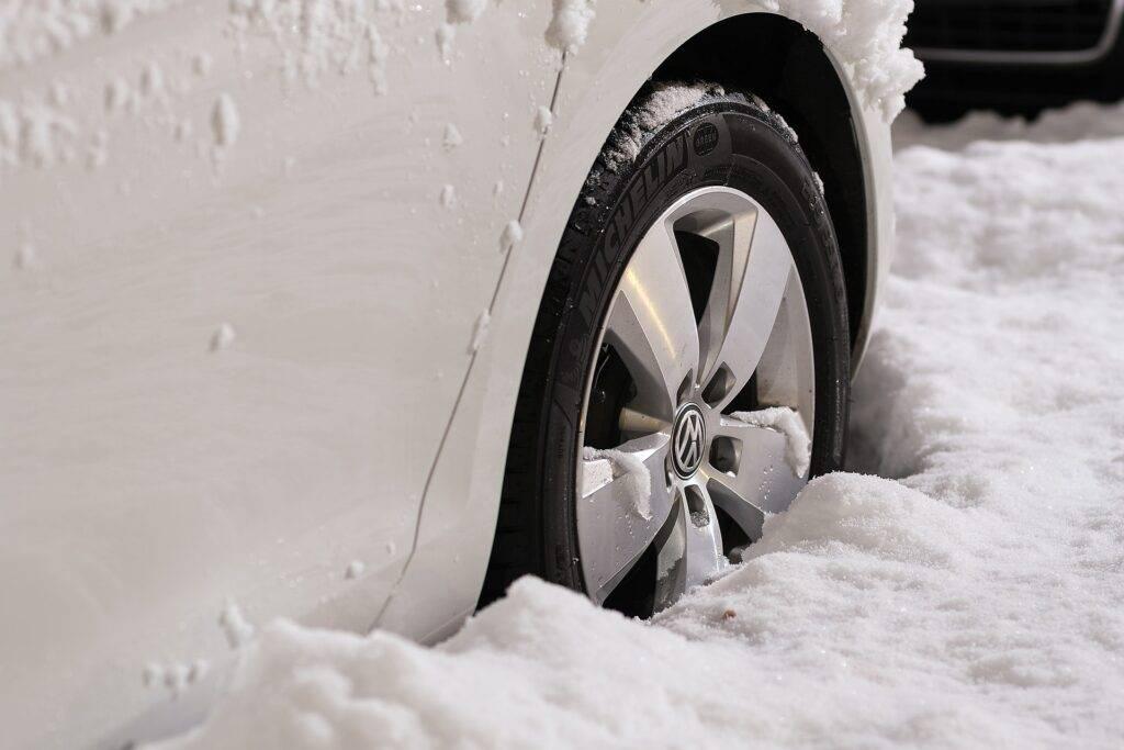 хранение автомобиля зимой